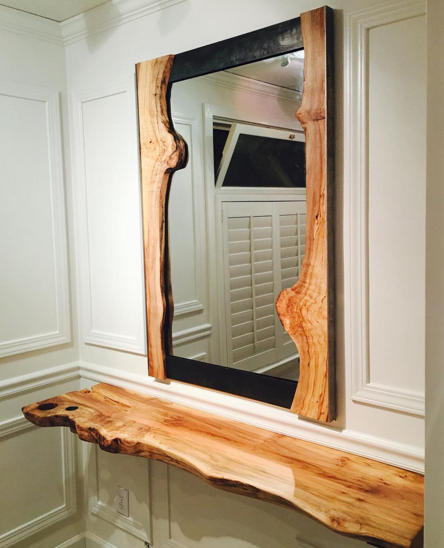 Ceviz Ahşap Ayna
